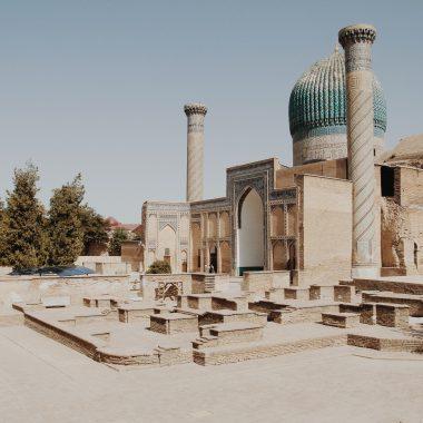books-set-in-uzbekistan
